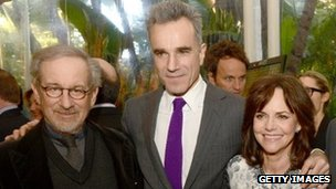 Daniel Day-Lewis with Lincoln director Steven Spielberg (l) and co-star Sally Field (r)