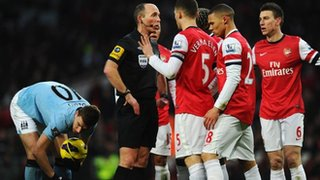 Koscielny is sent off
