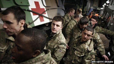 English soldiers inside a British Army Boeing C-17 cargo aircraft, arriving from the British Brize Norton base and en-route to Bamako