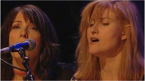 "Eddi Reader (right) says the Transatlantic Session are an ""ego-free arena"""