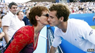 Judy Murray congratulates son Andy