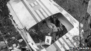 Crashed DC-10 near Paris