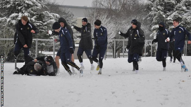 Yeovil players train and play in the snow