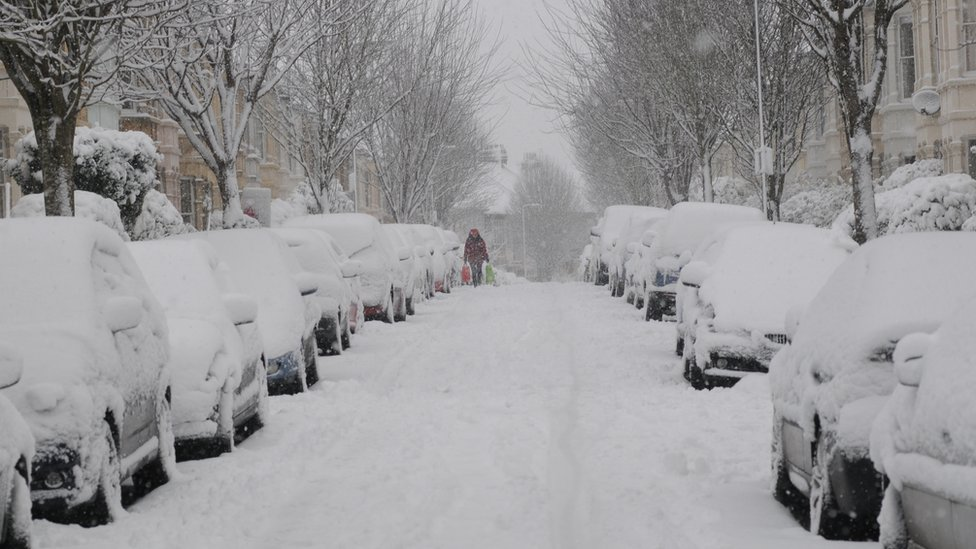 Bbc News In Pictures Bristol Hit By Snow