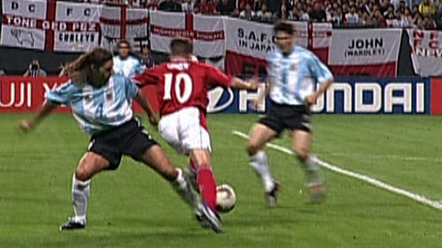 Mauricio Pochettino concedes a penalty at 2002 World Cup