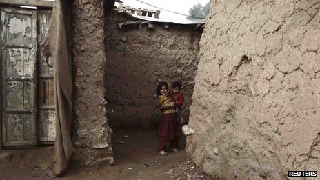 Children in slum on outskirts of Islamabad, Pakistan