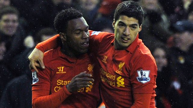 Liverpool's Daniel Sturridge (l) and Luis Suarez