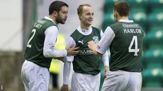 Leigh Griffiths (centre) levelled the game for Hibs