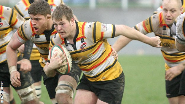 Rob Elloway scored Cornish Pirates' second try