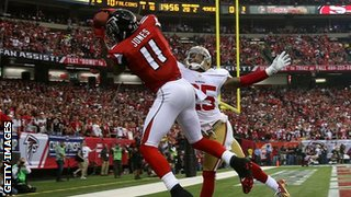Julio Jones scores his second touchdown for Atlanta against San Francisco