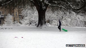Snowy conditions in Bath (Bath Approach Golf Course besides Victoria Park ) 18 January 2013