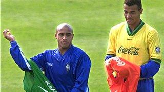 Roberto Carlos and Cafu of Brazil