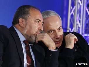 Avigdor Lieberman and Benjamin Netanyahu (16 January 2013)