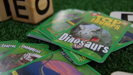 Dinosaurs Top Trumps