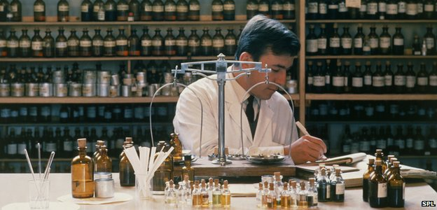 Perfume chemist