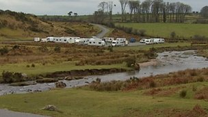 Cadover Bridge travellers, January 2013