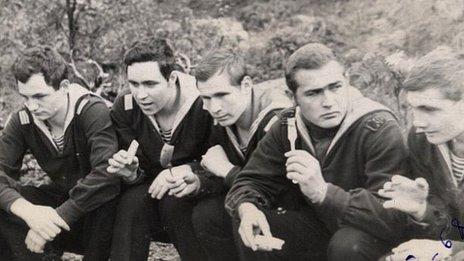Group of K-27 sailors (pic: Vyacheslav Mazurenko)