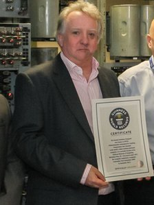 Kevin Murrell with the Guinness certificate