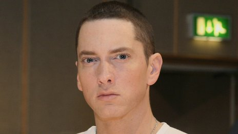 who is eminem currently dating 2015