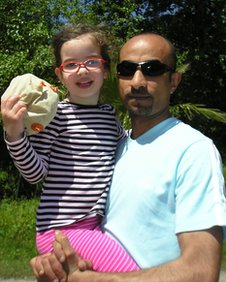 Elsa and her father in Turkey in April 2011