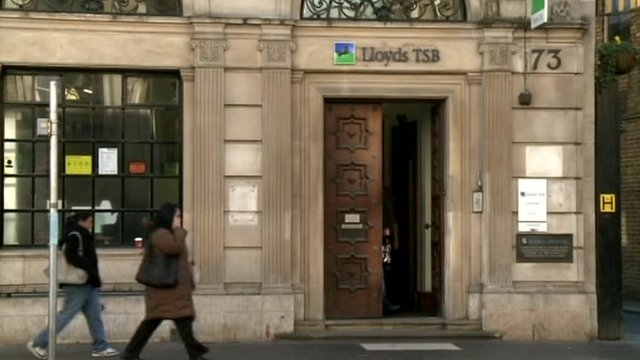 A Lloyds TSB branch