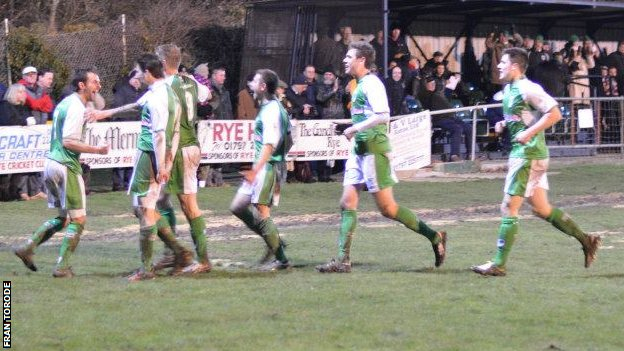 Guernsey FC celebrate Dave Rihoy&#039;s late winner