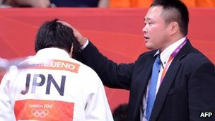 Japanese women&#039;s judo head coach Ryuji Sonoda (R) at the London 2012 Olympic Games on 31 July 2012 