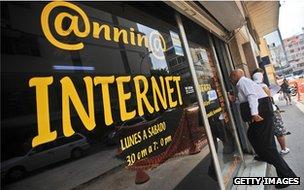 Venezuela internet cafe