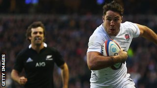 Brad Barritt races clear of Conrad Smith to score for England