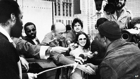 Mayor Ed Koch greets a New Yorker at the Brooklyn Bridge 7 April 1980