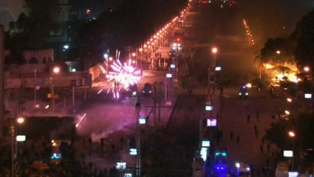 Clashes at Cairo's presidential palace
