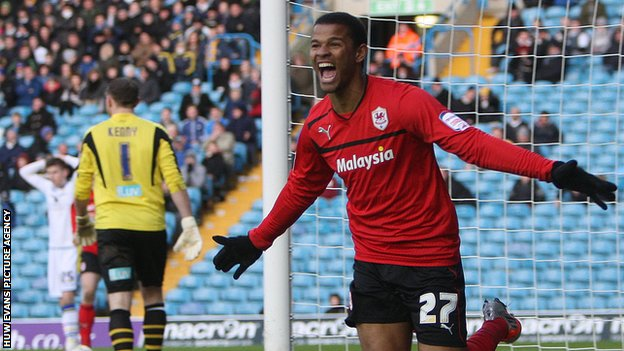 Frazier Campbell celebrates after scoring for Cardiff