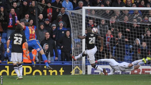 Glenn Murray scores his second goal for Crystal Palace