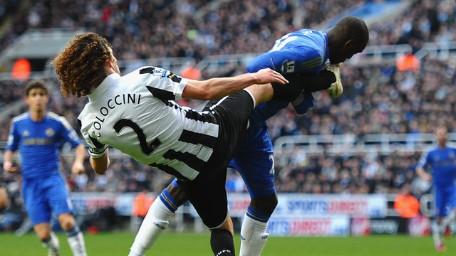 Fabricio Coloccini and Demba Ba