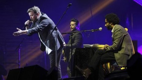 Elbow with Guy Garvey on vocals