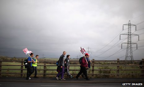 Unemployed protesters walked from Tyneside to London, tracing the footsteps of the famous Jarrow Crusade of 1936