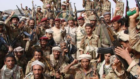 Army personnel pose after the end of three days of firefights with al-Qaeda fighters near the town of Shuqra in Yemen&#039;s southern province of Abyan (image provided by Yemeni Defence Ministry) 