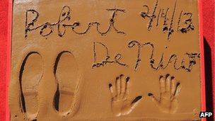 Robert De Niro&#039;s hand and footprints