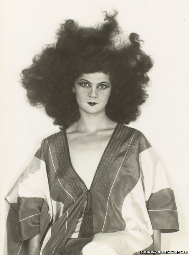 Helen Tamiris, 1929 by Man Ray, Collection du Centre Pompidou, Mnam/Cci, Paris, AM 1994-394 (3200), © Centre Pompidou,MNAM-CCI,Di st. RMN/Guy Carrard