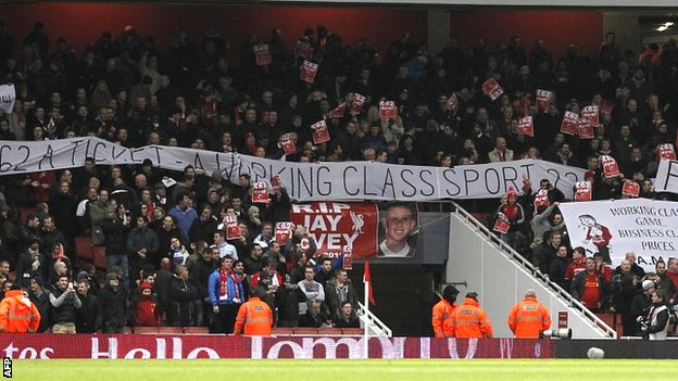 Liverpool supporters protest at ticket prices during the Premier League match at Arsenal on 30 January