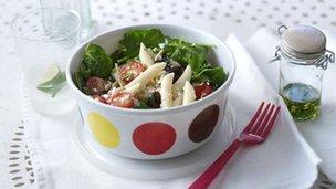 Picnic pasta: BBC Food