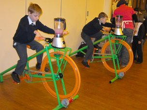St Mary's pupils making Smoothies on bikes!