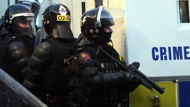 PSNI riot officers