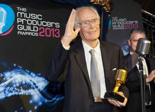 Sir George Martin with his lifetime achievement award