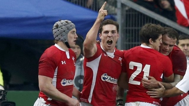 George North celebrates try against France 