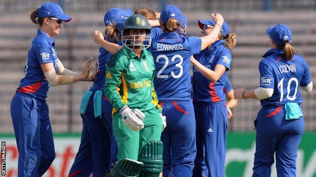 England race to victory over SA