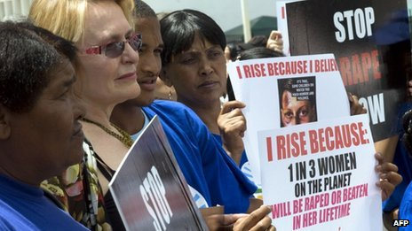 South African opposition leader  Helen Zille (2nd L) among protesters on 11 February 2013 Cape Town