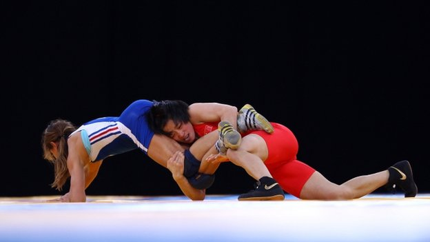 Women wrestling at the Olympic games
