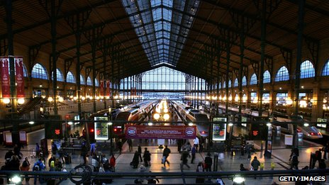 The inside of the Gare du Nord