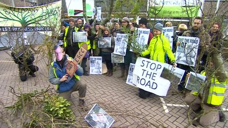 Link road protesters at County Hall